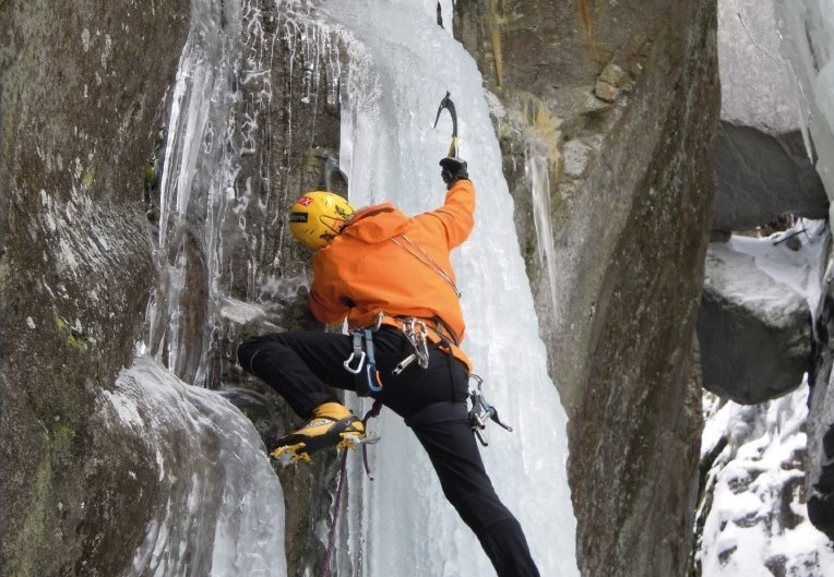 Stage di arrampicata su ghiaccio con Ezio Marlier