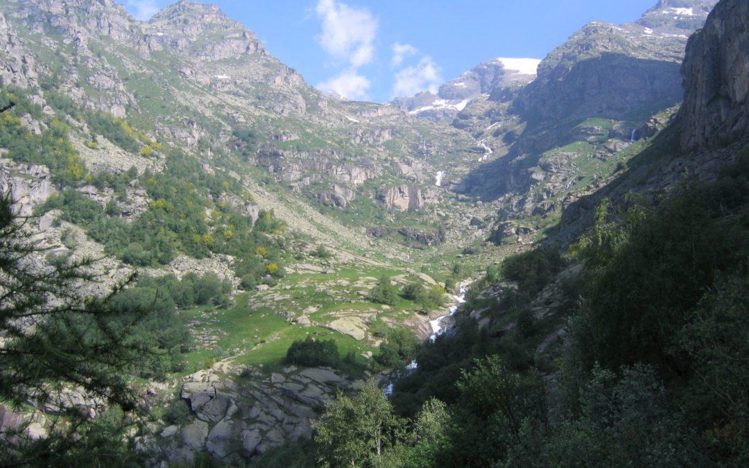 Laghi del Seone  e bivacco Vailet