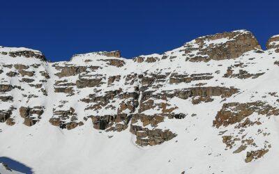 Canale Nascosto di Vassola q. 2860m del M. Bessun (giro dei Picchi del Seone)