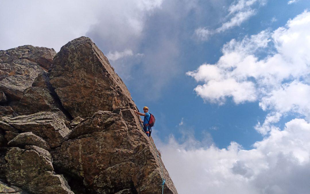Sperone dell'Alpe Rulè (2180m) – via del Corso